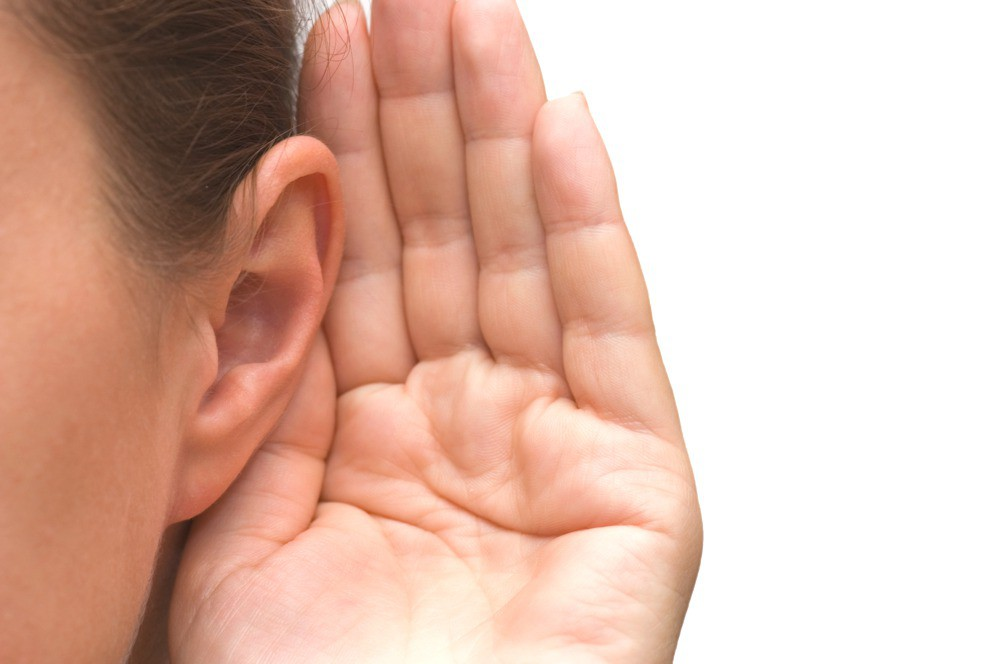 علائم افت شنوایی یا سنگین شدن گوش