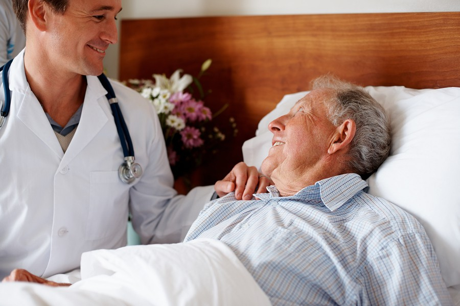 علل، علائم، تشخیص و درمان سرطان حنجره