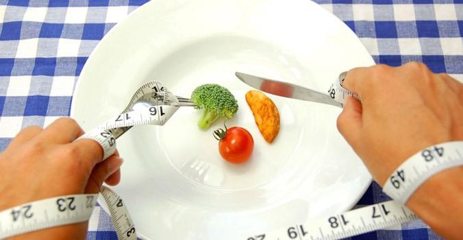 رژیم های غذایی بسیار کم کالری