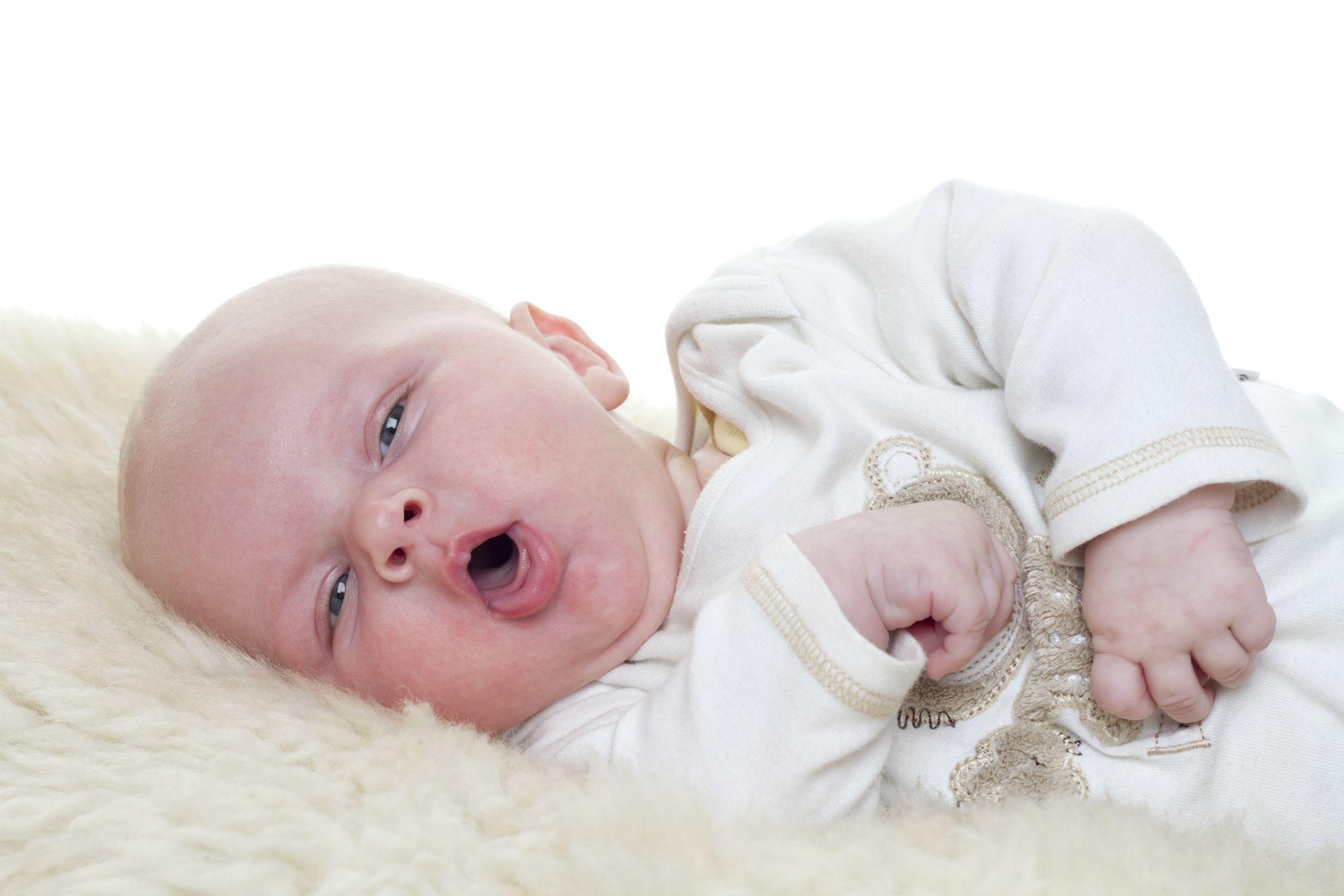 از دارونماها برای درمان سرفه کودکان خود استفاده کنید