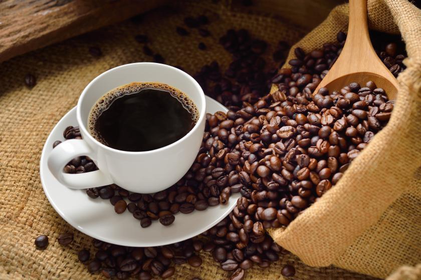 نوشیدن قهوه می تواند خطر ابتلا به سرطان پوست را کاهش می دهد