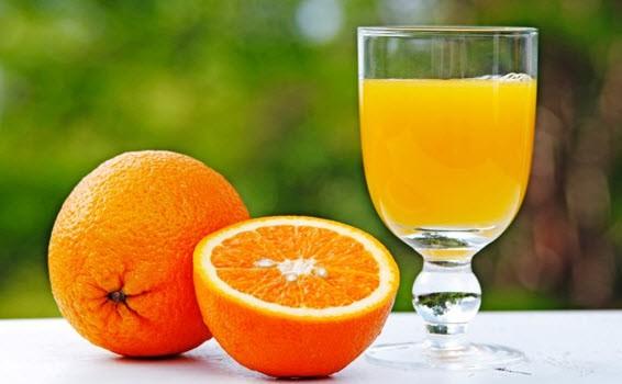 عواقب مسواک زدن قبل و بعد از خوردن نوشیدنیها یا میوههای ترش