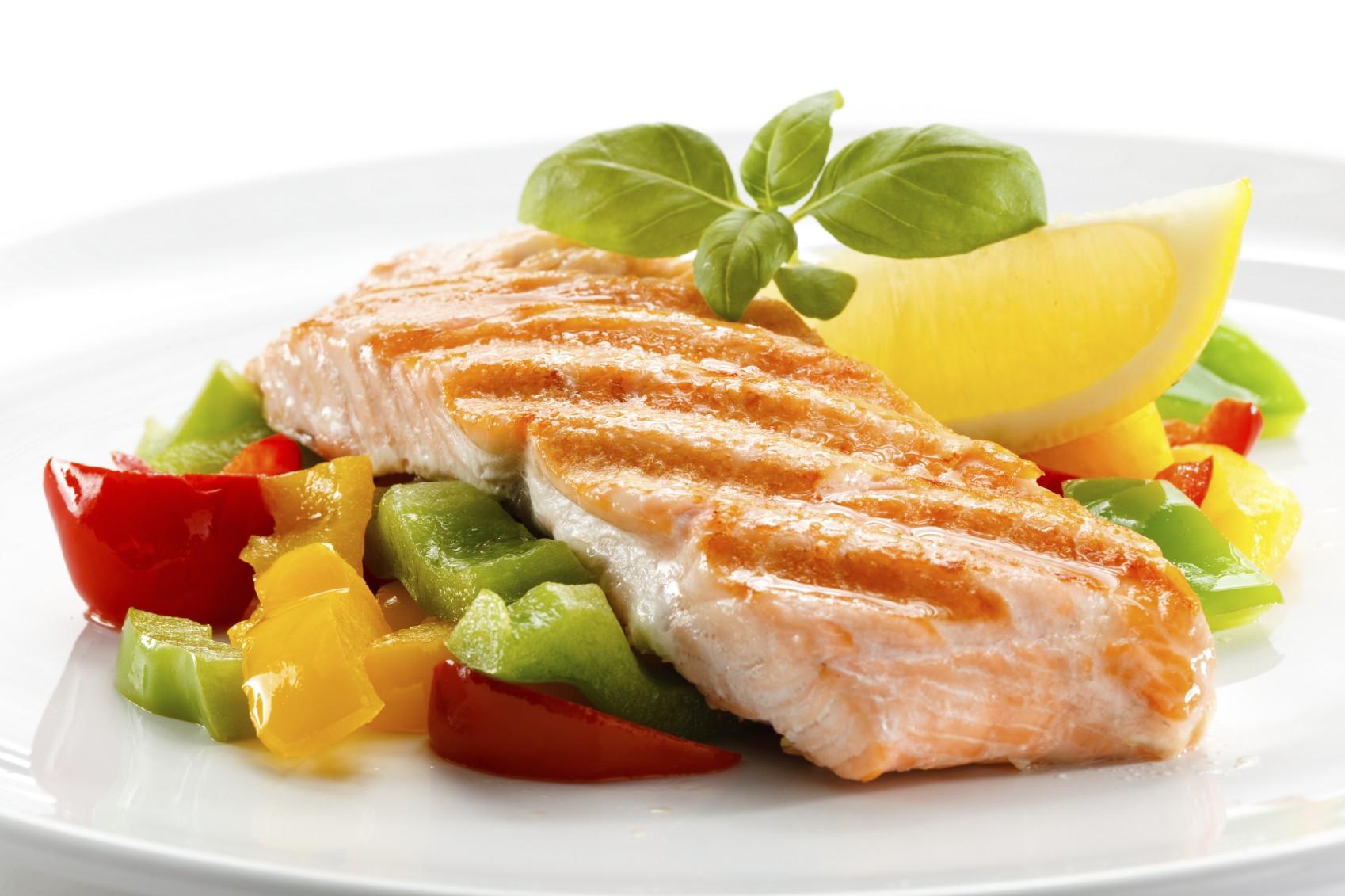 5 ماده غذایی که با کلسترول خون بالا مقابله می کنند.